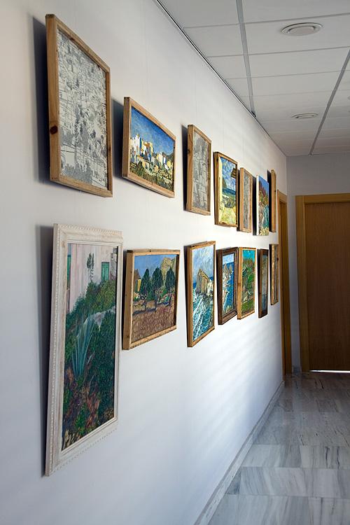 Vista del pasillo de la galería