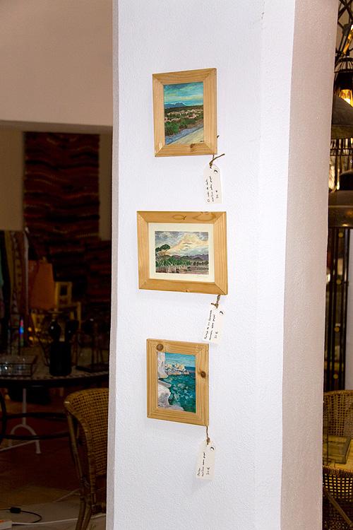 Acrílicos y acuarelas en pequeño formato con marcos finos