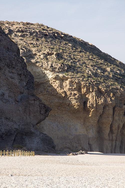 Roca de la playa de los Muertos